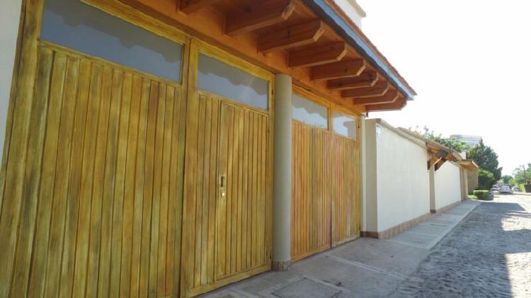 Residencia en venta en exclusivo cluster trojes del sol en