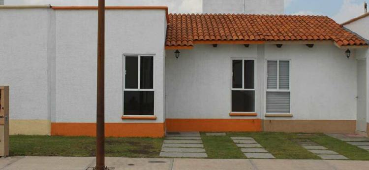 Rento casa, 2 habitaciones y 2 baños completos, san juan