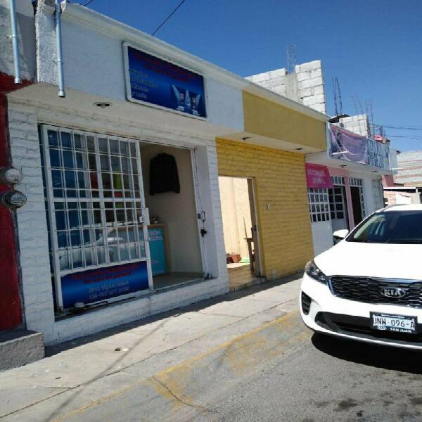 Casa en avenida local comercial 1 nivel