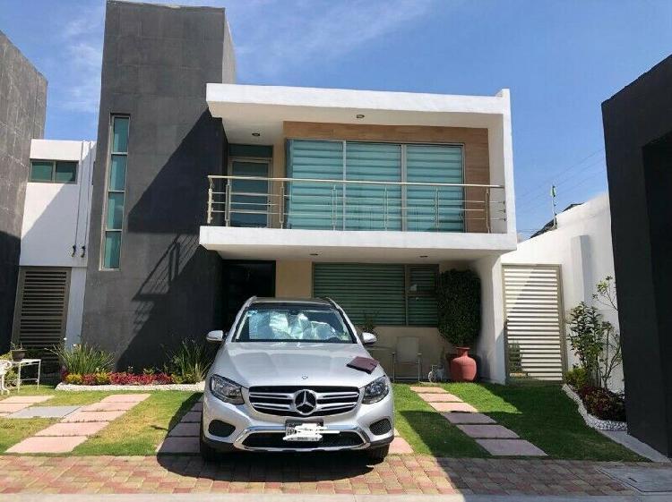 Casa en privada a una cuadra de carretera méxico-pachuca, a