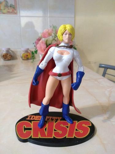 Figura comic dc de power girl de crisis unfinitas