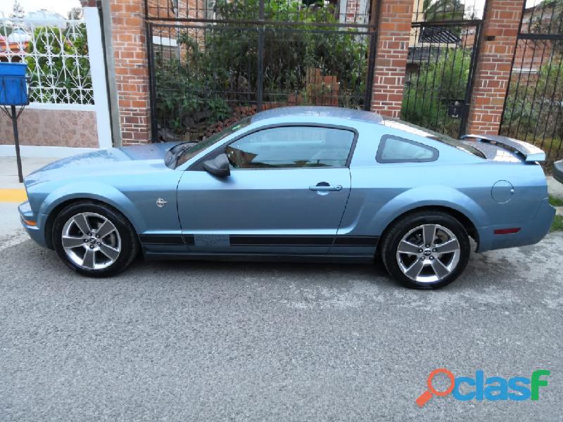 Ford Mustang 2007, Edición Windveil blue 1