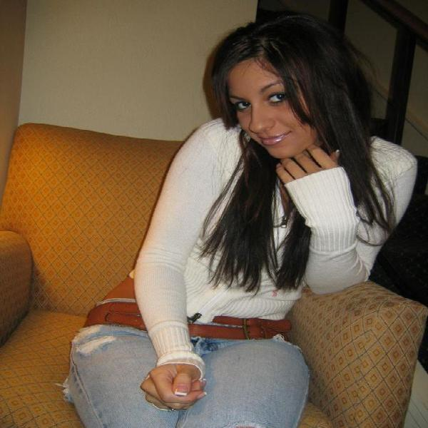 Beautiful lady seeking for a good and true gentleman for