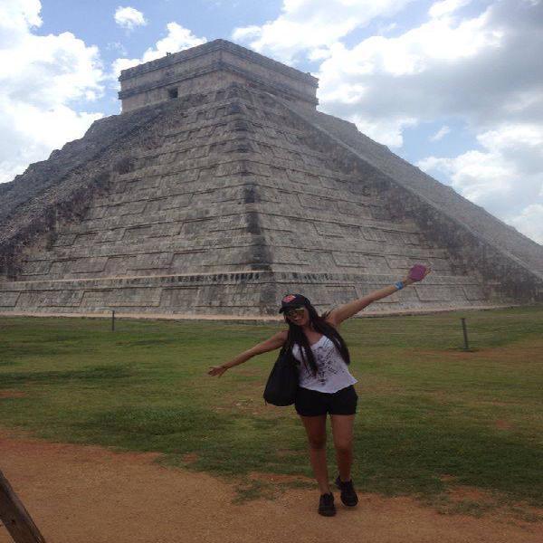Daniela Duque colombiana, 22años en NuevoLeon solo para
