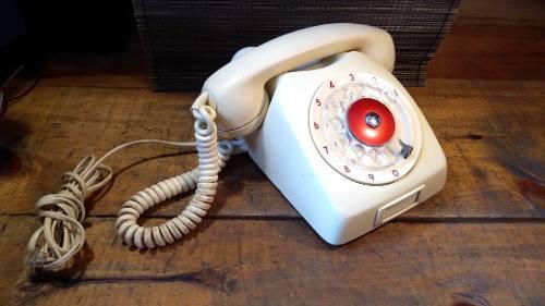 Teléfono antiguo de disco ericsson funcionando actualizado