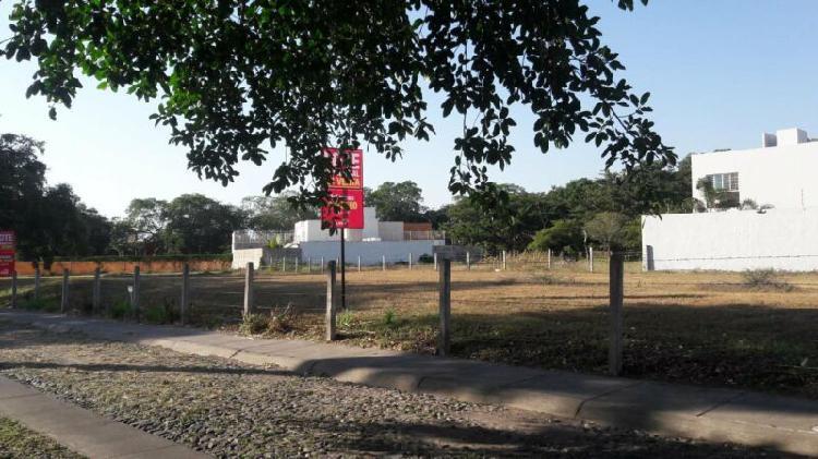 Terreno comercial en la mejor zona de Colima