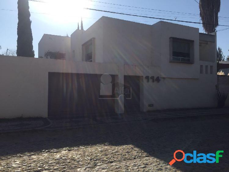 Casa en venta en col. Loma Verde/ León (Guanajuato) atras del Outlet MULZA