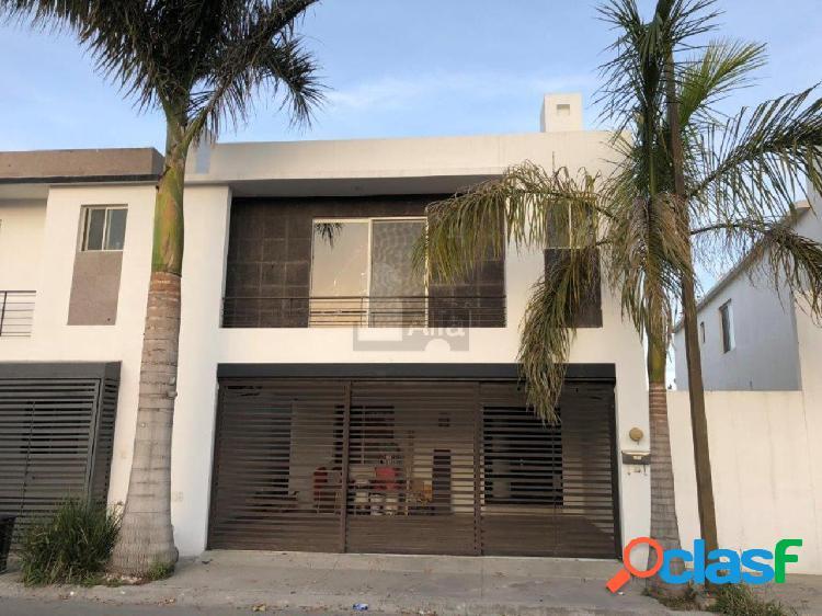 Casa en Venta en Calzada Anahuac