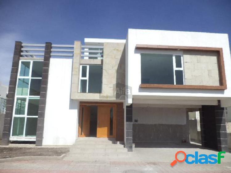 Venta de casa en residencial jardines de bellavista en metepec