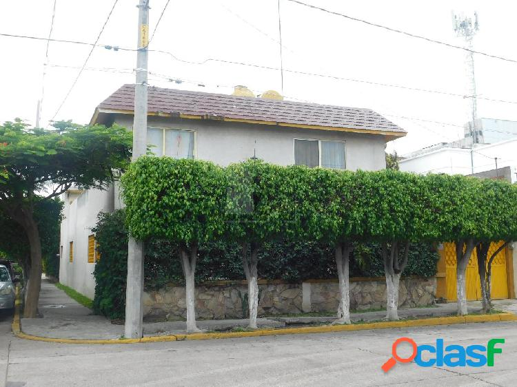 Casa en venta celaya, guanajuato. colonia renacimiento.