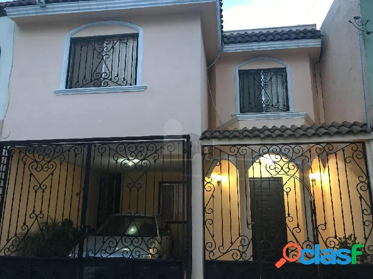 Bonita casa en venta Portal de Cumbres