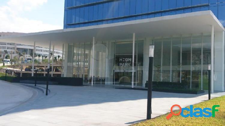 Oficina en Renta en Centro Sur en Nuevo Edificio corporativo. 3