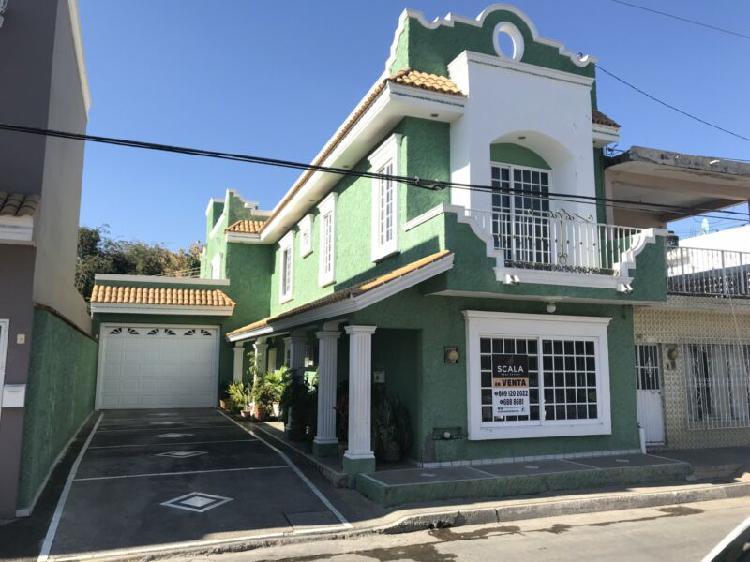 Casa en venta en col. sanchez celis en mazatlán