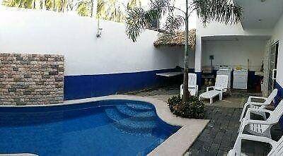 Renta vacacional casa de playa con 4 recámaras en acapulco