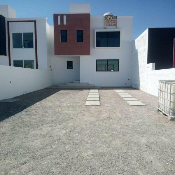 Casa equipada de grandes espacios con terraza-san juan del