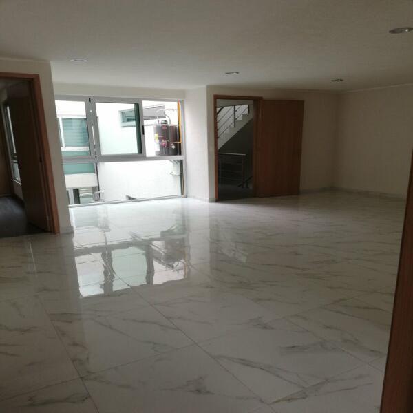 Departamento 3 recámaras 2 baños primer piso 122 m2