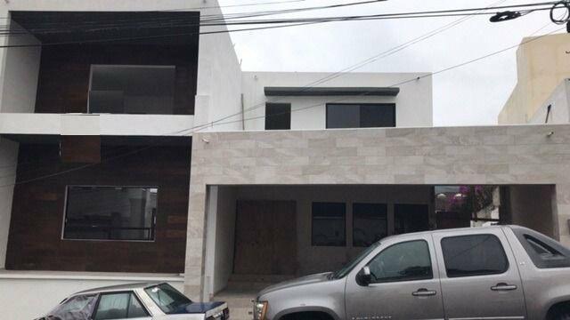 Casa en venta en col. cumbres 3ero zona cumbres (ljgc) /