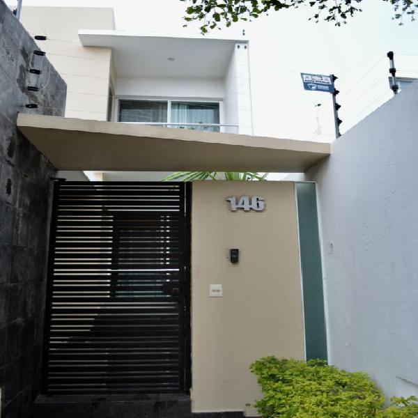Casa en venta colima en residencial esmeralda norte