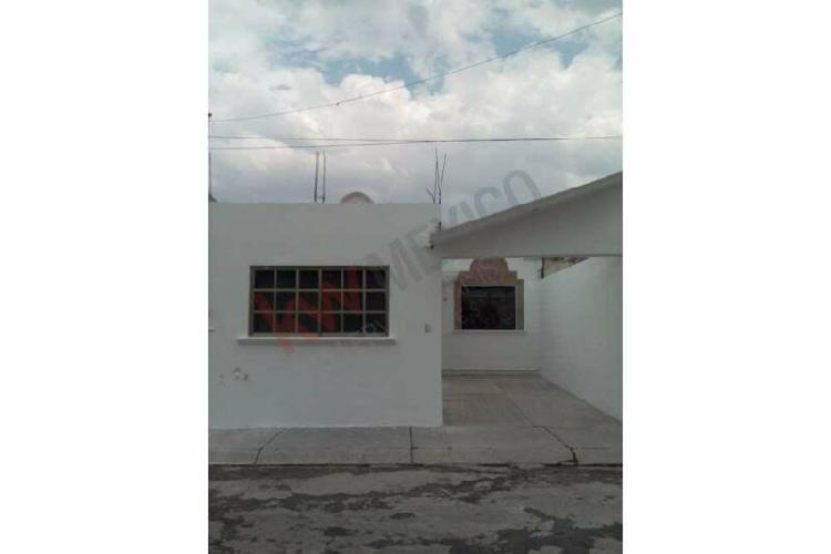 Casa en venta $800,000 en fracc. pitahayas, pachuca,hidalgo.