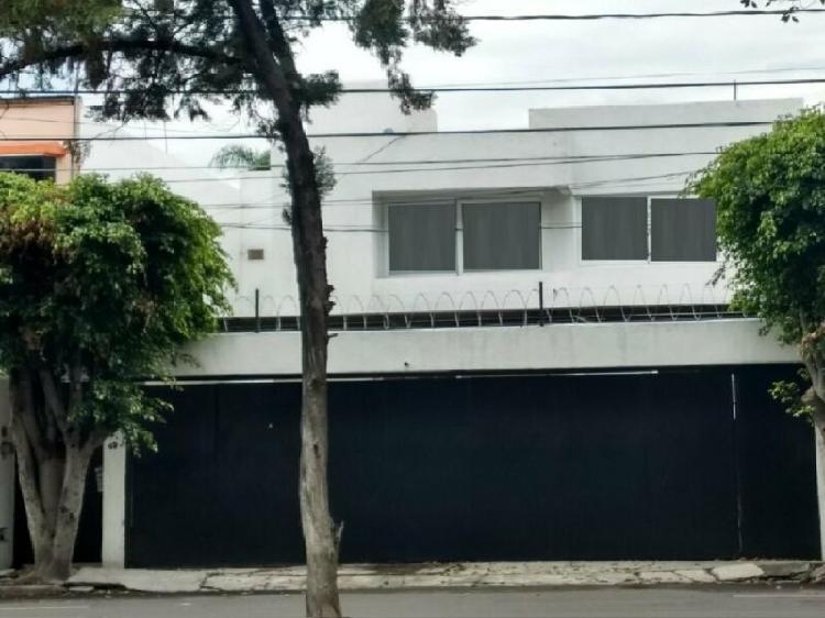 Casa renta jardines hacienda lujo remodelada 4 recamaras 3