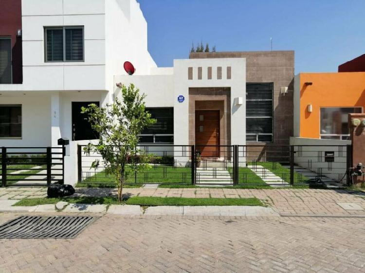Increíble casa en renta de 1 nivel (zona céntrica san juan