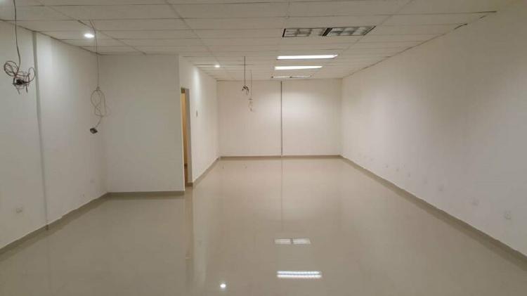 Renta de local comercial para oficinas administrativas