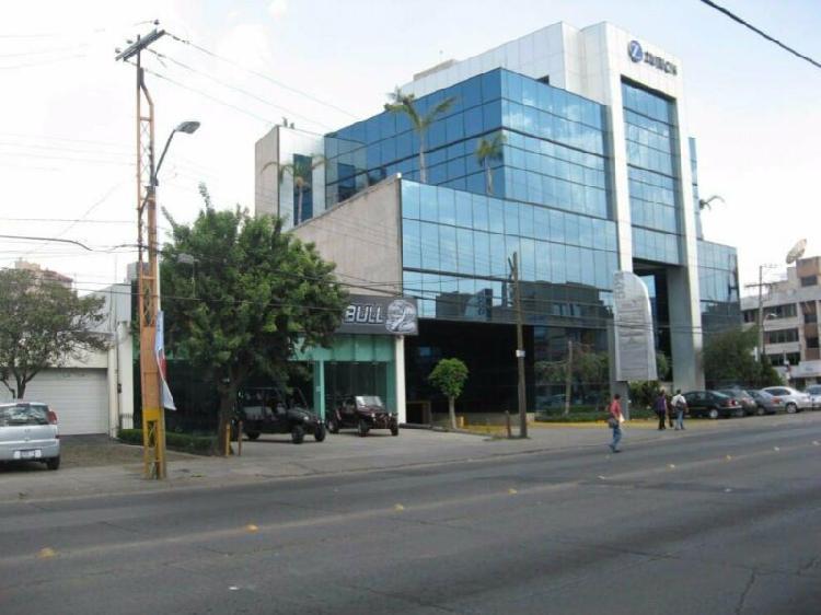 Renta de oficina en edificio corporativo, zona norte, león.