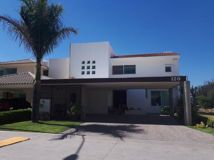 Casa en renta amueblada de lujo club de golf los naranjos