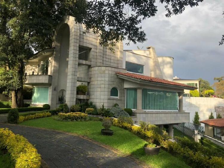 Casa en venta en club de golf valle escondido atizapan