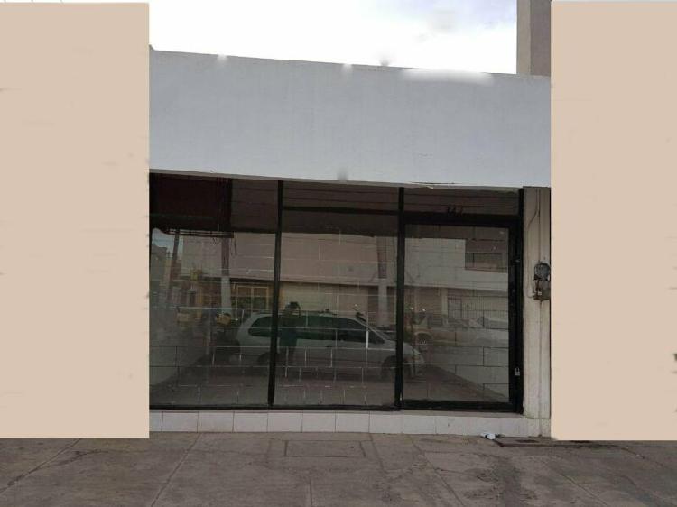 En Renta Local Comercial, Col. Centro.