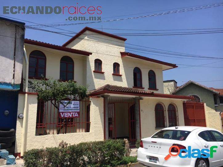 Casa amplia en venta 4 recámaras