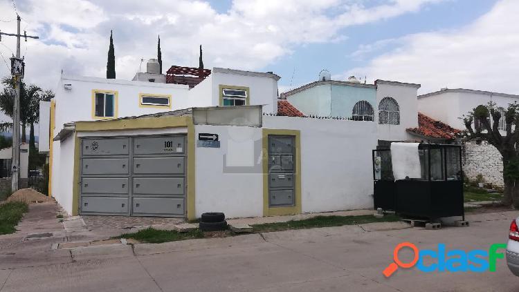 Casa grande renta en zona sur por eje metropolitano y delta alarma de seguridad y vigilante vecinal