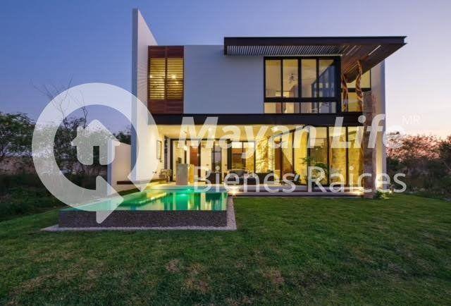 Casa en venta en mérida, privada punta lago, frente a la