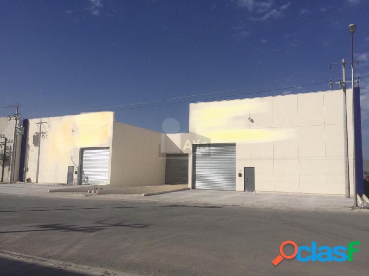 Renta Nave Industrial en Parque 300 Santa Catarina