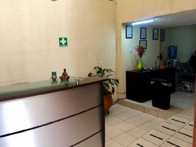 Rento consultorio u oficina en sta.monica