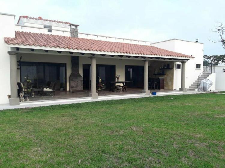 Casa En Venta En Xalapa De Un Solo Piso Con Jardin De 480 M