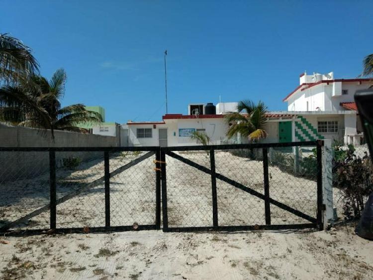 Casa en chuburna puerto enfrente de la playa