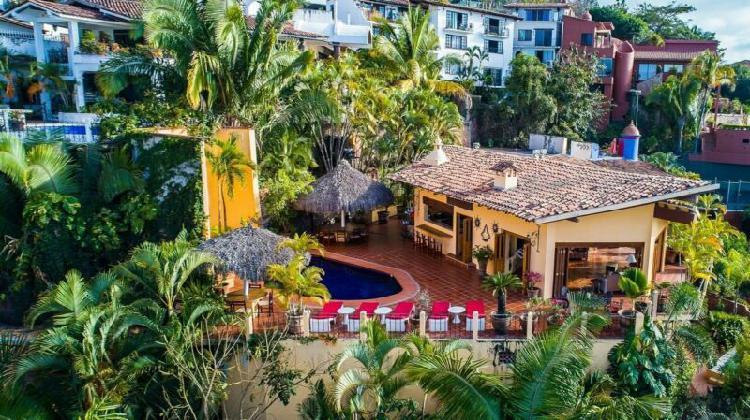 Casa ladera en zona romantica puerto vallarta