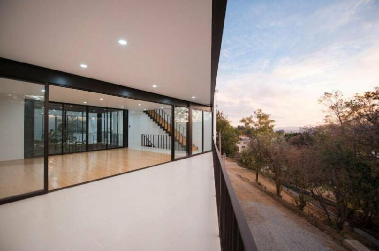 Casa moderna en san felipe del agua oaxaca