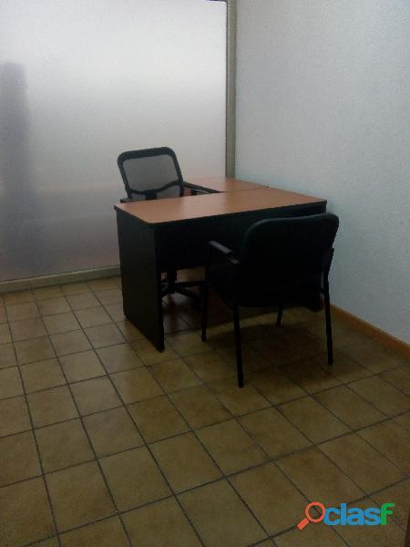 Renta oficina amueblada con promoción