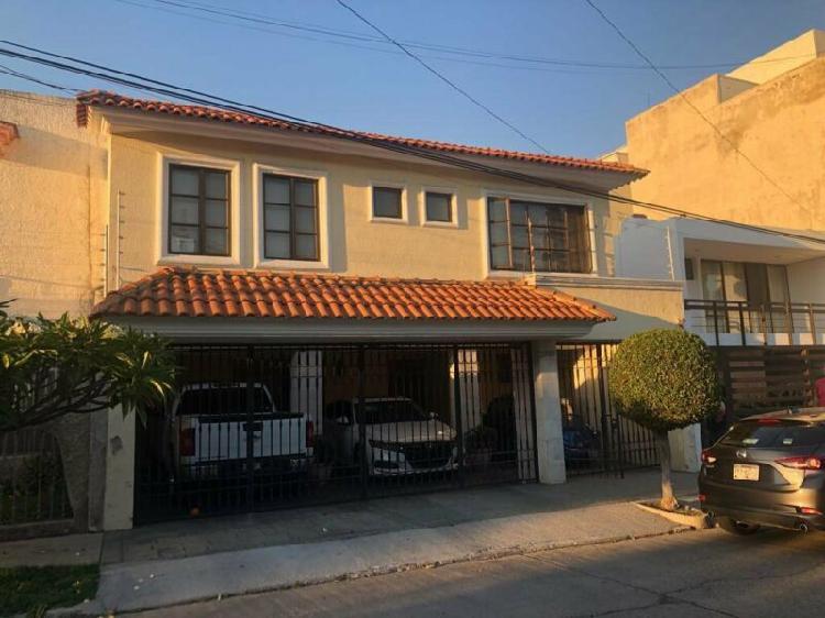 Excelente casa en venta providencia