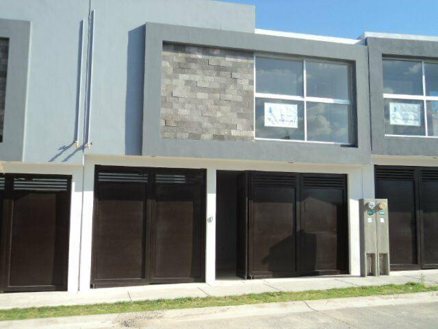 Venta casa villa magna slp 3 rec 2.5 baños equipada porton