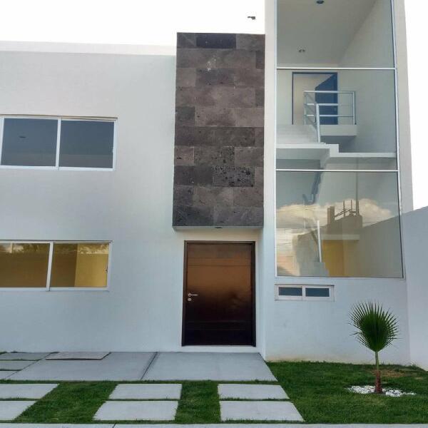 Casa nueva en venta. cholula zona plaza san diego