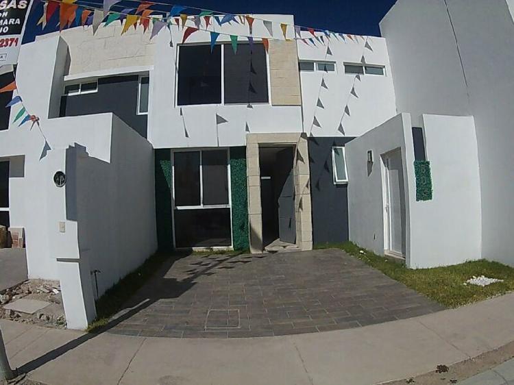 Casa nueva en venta al poniente de aguascalientes, en coto