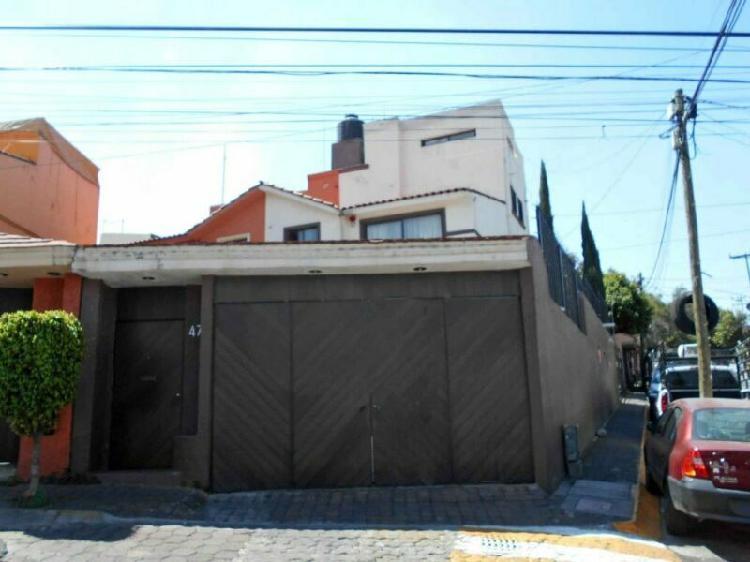 Casa en venta en santa cruz del monte, naucalpan rcv-3695