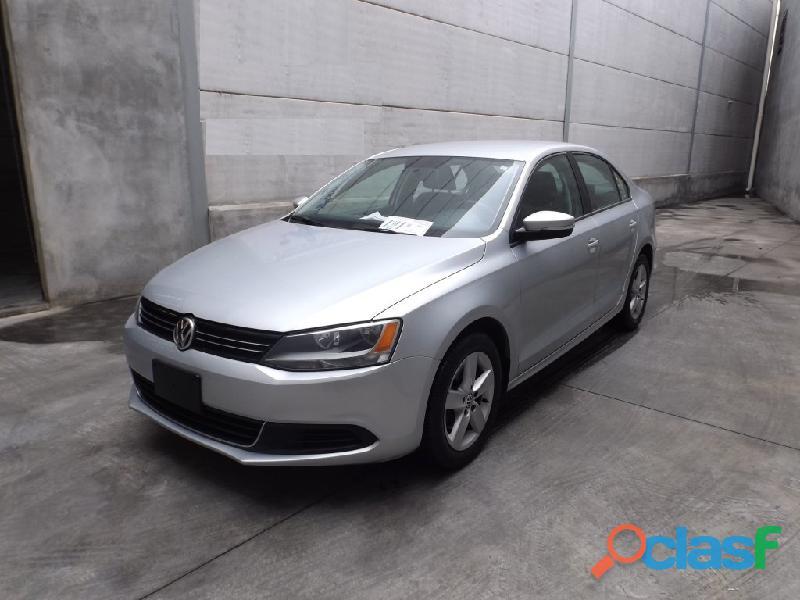 Volkswagen jetta 2015 gris plata