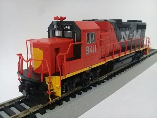 Locomotora gp38-2 ndem, atlas trainmann, escala ho