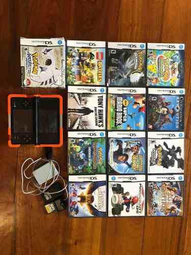Nintendo dsi negro, juegos y guías