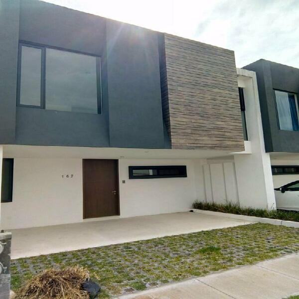 Ofrezco casa nueva en venta en el exclusivo fracc la antigua