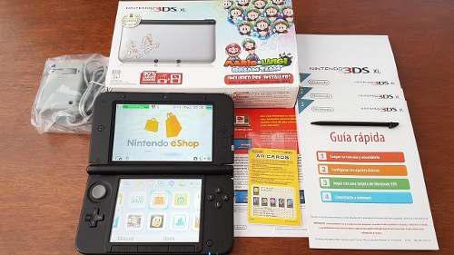 Nintendo 3ds xl edición especial con accesorios originales